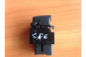 Б/у кнопка включения мотора стеклоподъемника для Hyundai Santa FE 2006-2012