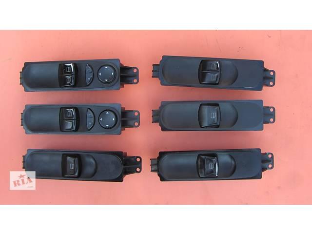 продам Б/у кнопки стеклоподьёмника стеклоподъемников пассажира Mercedes Vito (Viano) Мерседес Вито (Виано) V639 (109, 111, 115) бу в Ровно