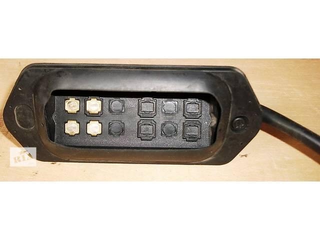 бу Б/у Контакт замка здвижних дверей для легкового авто Renault Kango 1,5 DCI 2008-2012 в Рожище