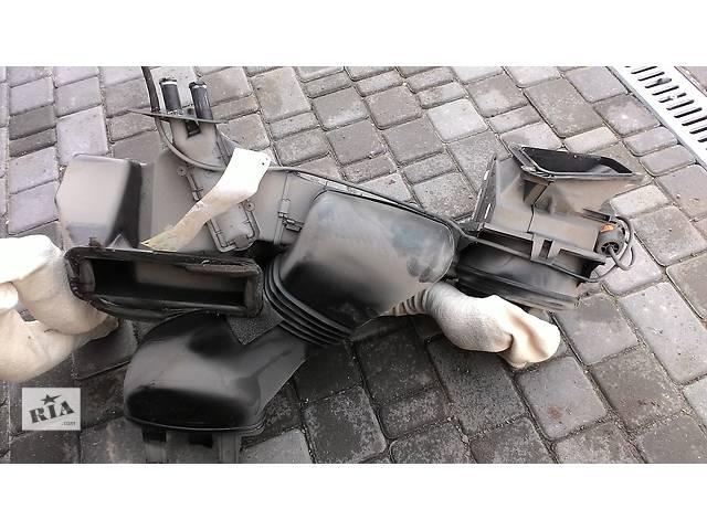 бу Б/у корпус печки для легкового авто Volkswagen T4 (Transporter) в Яворове (Львовской обл.)