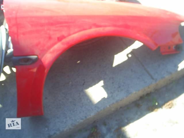 продам Б/у крило переднє для легкового авто Opel Vectra B бу в Червонограде