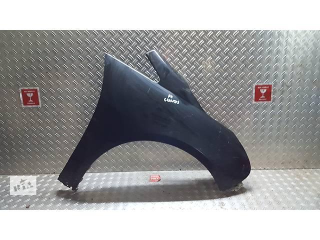бу Б/у крыло переднее для легкового авто Mitsubishi Grandis в Ровно