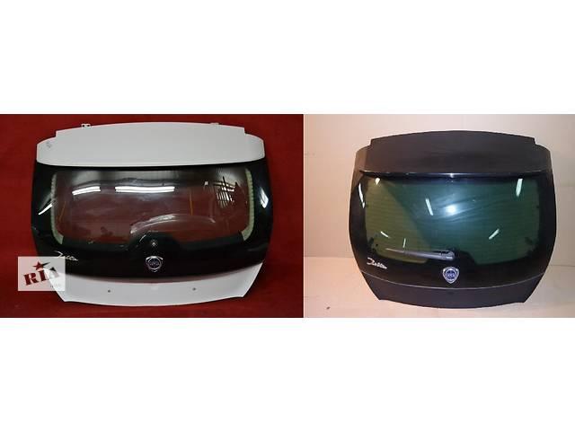 продам Б/у крышка багажника для легкового авто Lancia Delta бу в Львове