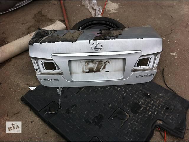 Б/у крышка багажника для легкового авто Lexus ES- объявление о продаже  в Ровно