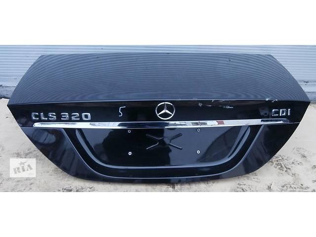 продам Б/у крышка багажника для легкового авто Mercedes CLS-Class w219 04-10 бу в Львове