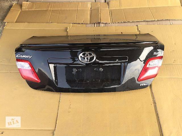 бу Б/у крышка багажника для седана Toyota Camry 2009 в Ровно