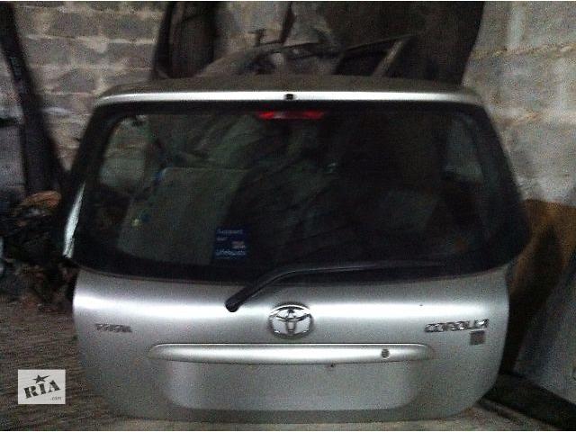 продам Б/у Крышка багажника и комплектующие Toyota Corolla Хэтчбек 2003-2007 бу в Львове