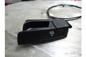 Б/У Механизм разблокировки задней левой спинки сидения AUDI A5 8T0885681
