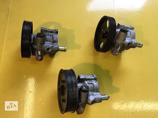 купить бу Б/у насос гидроусилителя руля для легкового авто Opel Vivaro в Ковеле
