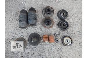 б/у Опоры амортизатора Opel Vectra A