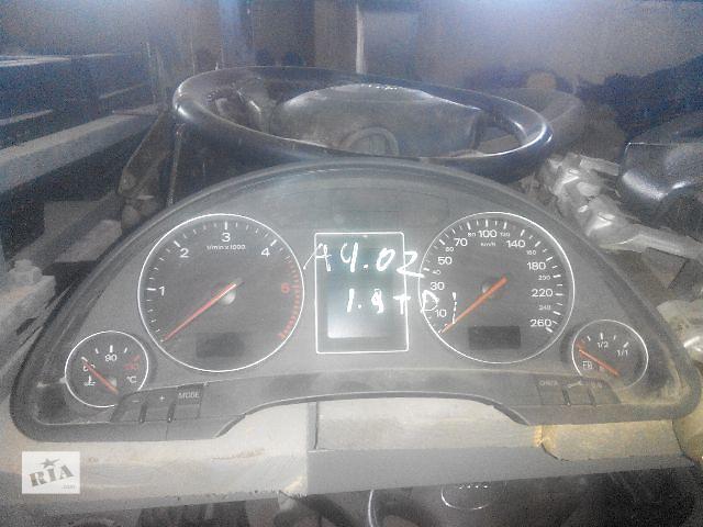 бу Б/у панель приборов/спидометр/тахограф/топограф для легкового авто Audi A4 2003 в Львове