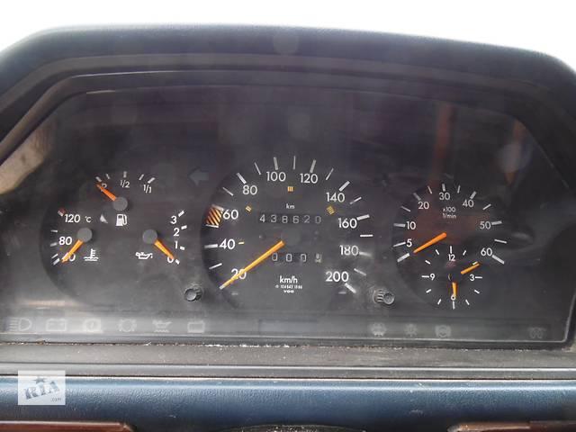 купить бу Б/у панель приборов/спидометр/тахограф/топограф для легкового авто Mercedes 124 в Дубно (Ровенской обл.)