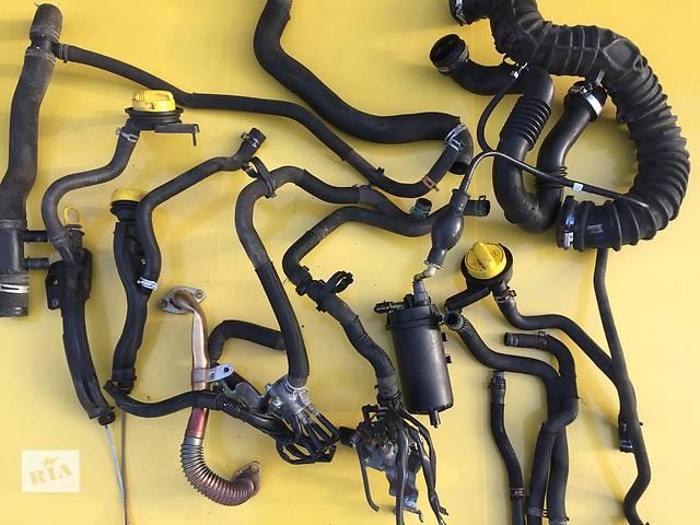 купить бу Б/у патрубок охлаждения для легкового авто Renault Trafic в Ковеле