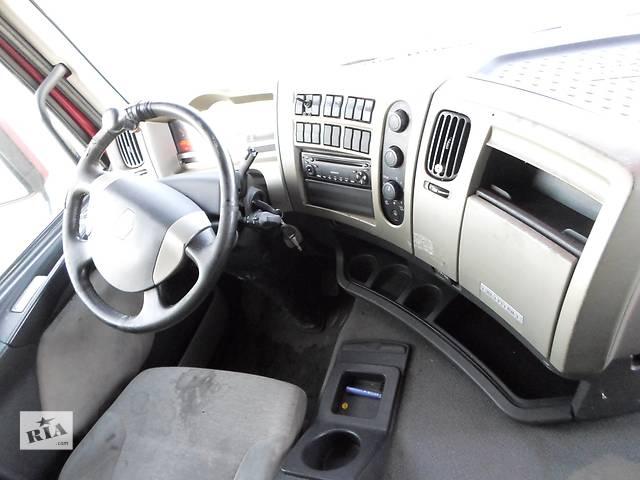 купить бу Б/у Пластик под руль, кабины Renault Premium 440 DXI Рено Премиум Euro 4 2007г в Рожище