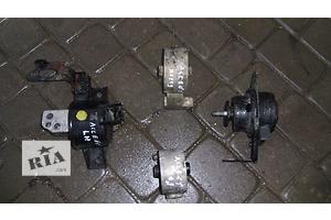 б/у Подушки мотора Hyundai Accent