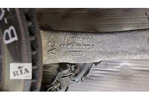 б/у Поворотные кулаки Volkswagen Passat B5