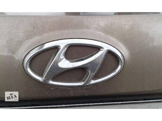 продам Б/у пыльник амортизатора для легкового авто Hyundai Santa FE 2.2 crdi (2013) бу в Ровно