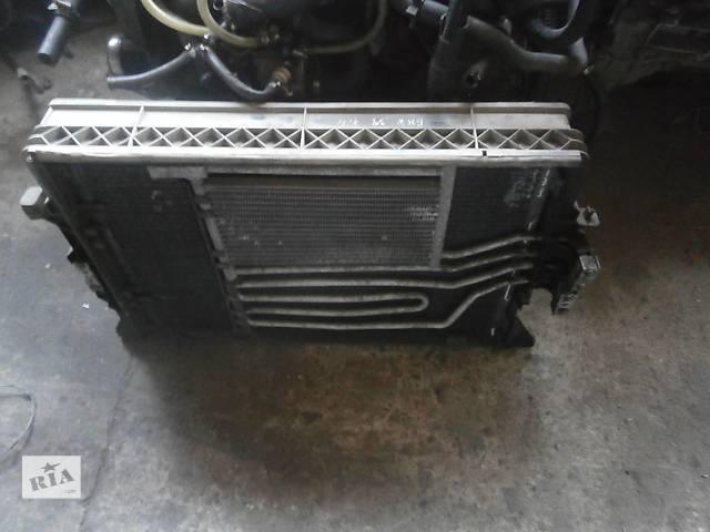 бу Б/у радіатор для седана BMW 740 в Львове