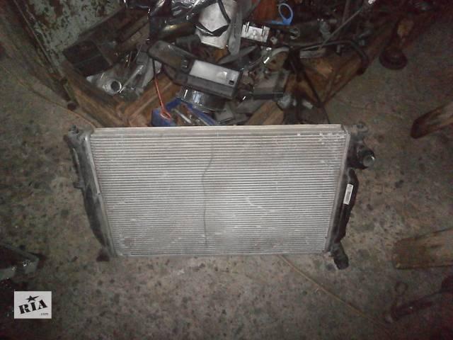 продам Б/у радіатор для седана Volkswagen Golf III бу в Львове