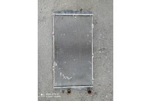 Б/у радіатор для Audi 100 1984, 1990. обьем2,3-2, 2,2