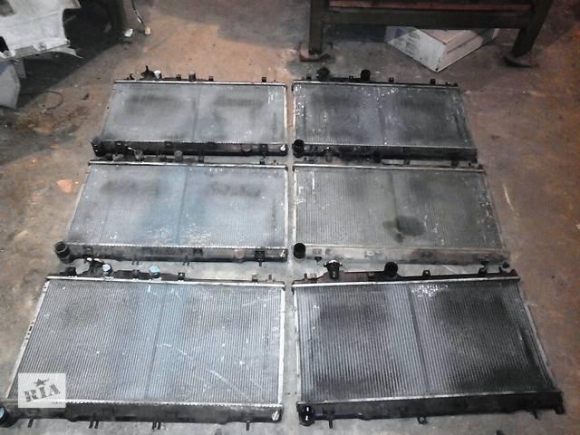 бу Б/у радиатор для седана Subaru Legacy 3.0 в Днепре (Днепропетровск)