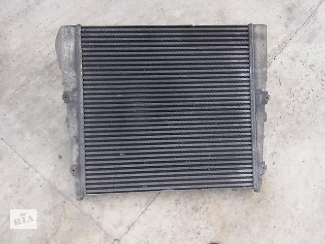купить бу Б/у радиатор интеркуллера для грузовика в Калуше