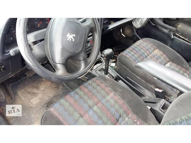 купить бу Б/у регулятор оборотов вентилятора печки для легкового авто Peugeot 306 в Ровно
