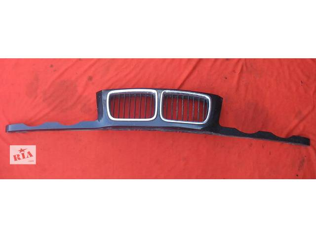 продам Б/у решётка радиатора для легкового авто BMW 5 Series (все) бу в Тернополе