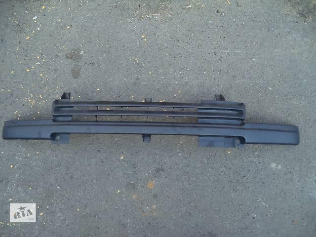 продам Б/у решётка радиатора для легкового авто Ford Transit (86-91) бу в Луцке