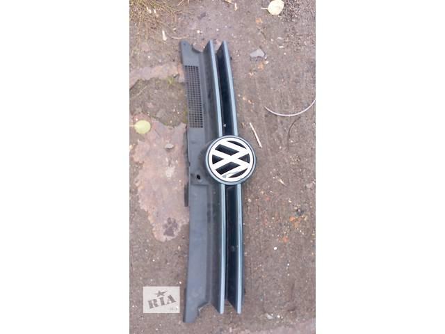 продам Б/у решётка радиатора для легкового авто Volkswagen Golf IV бу в Луцке