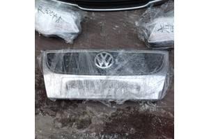 б/у Решётки радиатора Volkswagen Touran