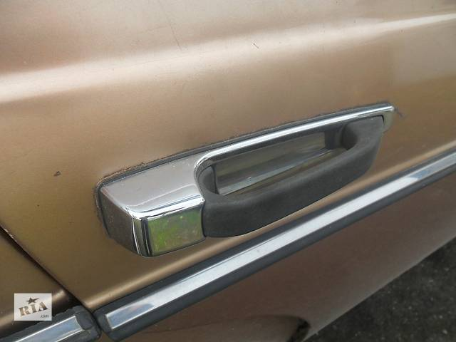продам Б/у ручка двери для седана Mercedes 123 бу в Дубно (Ровенской обл.)