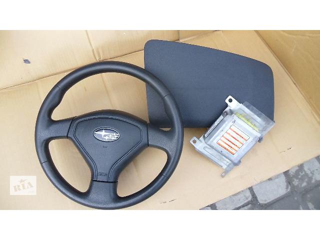 продам Б/у руль для легкового авто Subaru Forester 2007 бу в Коломые