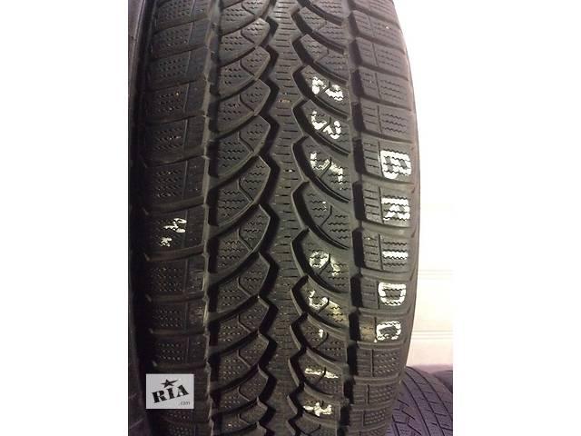 Б/у шины bridgestone 235/65 R17 4 шт. зима- объявление о продаже  в Одессе