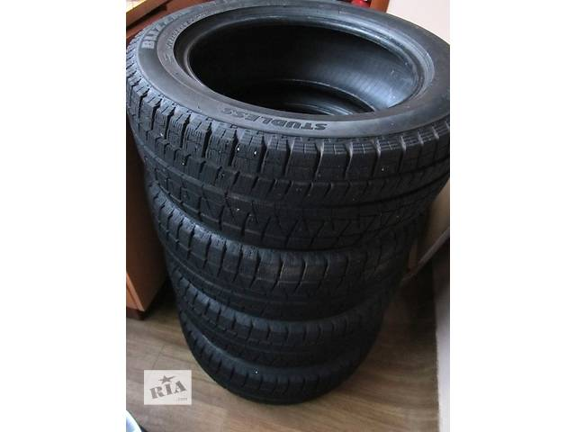 продам Б/у шины Bridgestone R16 205/55 зима бу в Киеве
