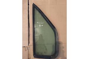 б/в скло двері Renault Master