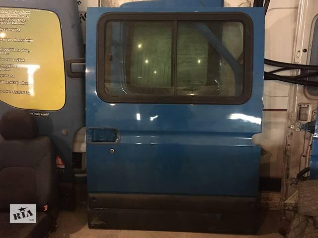 продам Б/у стекло двери / в кузов боковое глухое / раздвижное для легкового авто Renault Master Mascott 97- бу в Ужгороде