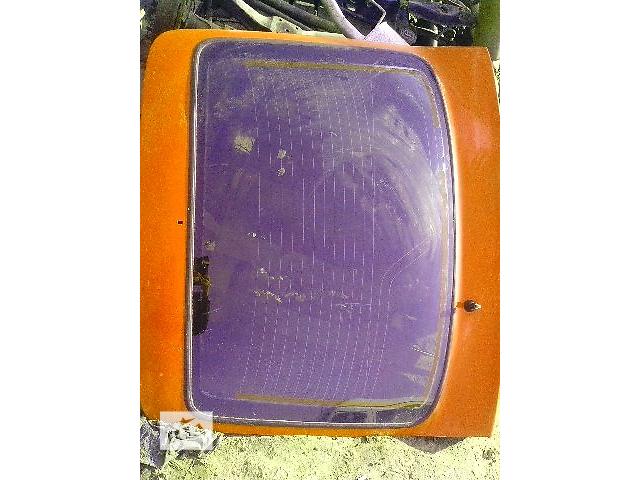 бу Б/у стекло крышки багажника с подогревом для легкового авто Ford Sierra в Ковеле