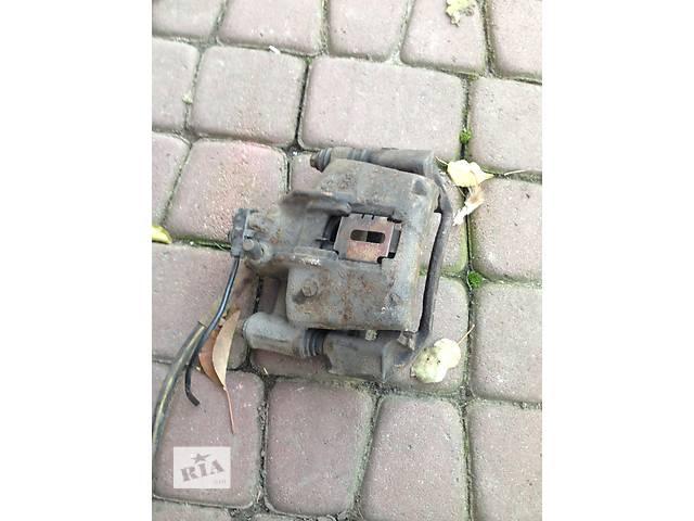 продам Б/у Суппорт передний правый Vito 638 бу в Жовкве