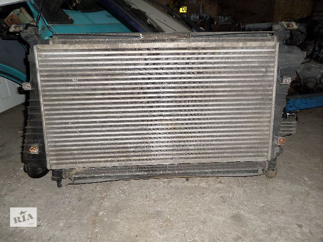 Б/у Радиатор LDV Maxus 2.5 cdi 2005 год- объявление о продаже  в Стрые