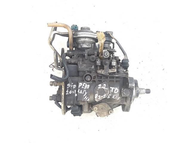 купить бу Б/у топливный насос для Renault Laguna 2.2 Турбо дизель в Ковеле