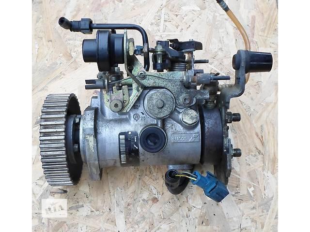 купить бу Б/у топливный насос высокого давления/трубки/шест для легкового авто Citroen Berlingo в Хмельницком