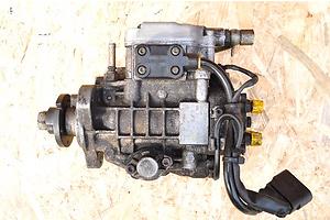 б/у Топливные насосы высокого давления/трубки/шестерни Seat Inca