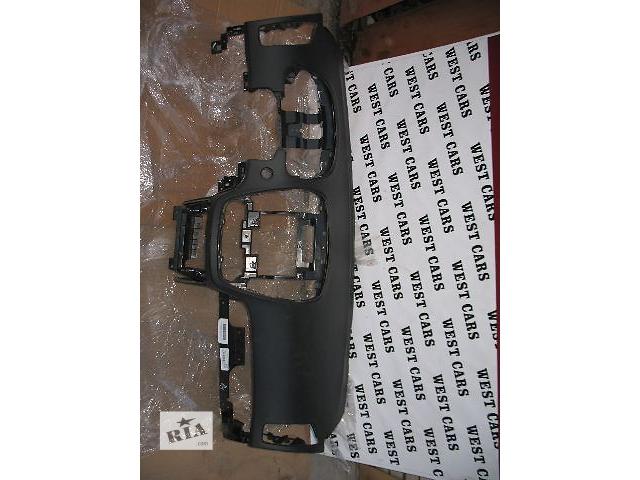 купить бу Б/у торпедо/накладка для легкового авто Kia Ceed 2009 в Луцке