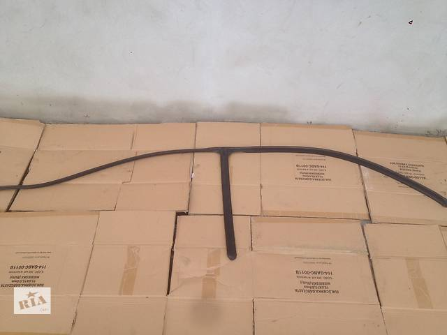 купить бу Б/у уплотнитель двери для Mercedes Vito 639 в Луцке