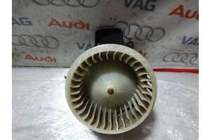Б/У Вентелятор печки AUDI A6 A7 A8 4H1820021C