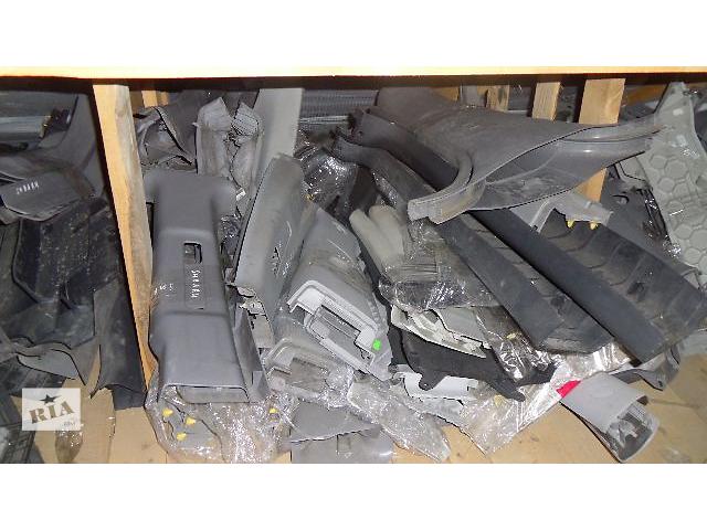 купить бу Б/у внутренние компоненты кузова для легкового авто Skoda Fabia 2008 в Коломые