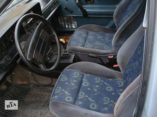 Б/у внутренние компоненты кузова для легкового авто Volkswagen Passat B2- объявление о продаже  в Львове