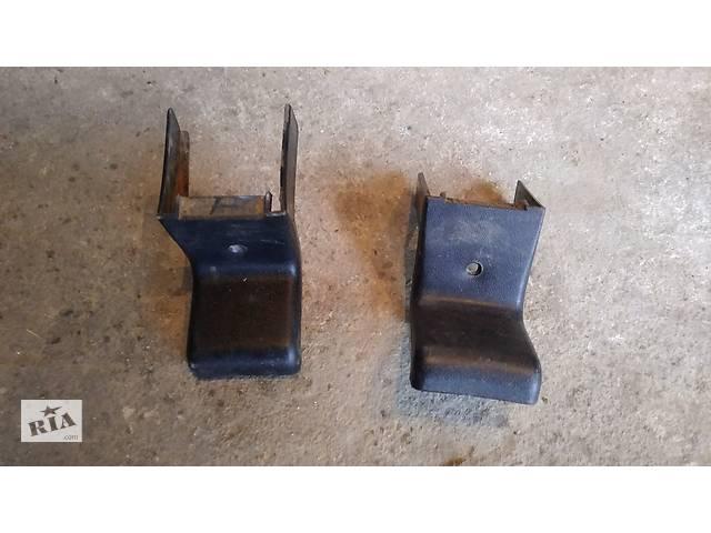 купить бу Б/у заглушка салазки переднего сиденья для Chevrolet Niva ВАЗ 2123 в Умани