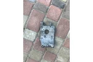 Б/в кронштейн кріплення компресора кондиціонера для Ford